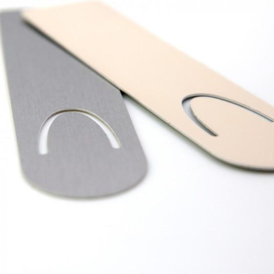Aluminium bookmark